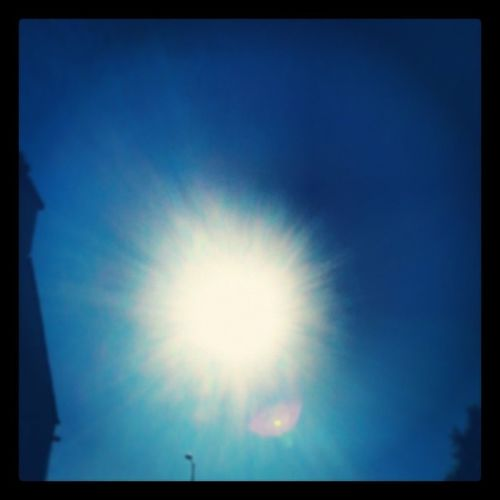 Shining sun and blue skies!! :) Fridaysaregreat Sunnysun Sunnyscotland Noclouds areyoureadyfortheweekend