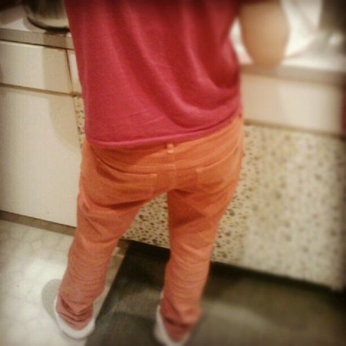 My mama got swag in her bright orange saggin britches! LOL Whatnottowear Orange Swag pullupyourpants ohmama
