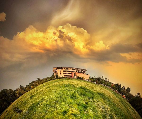 iPhone 7 Plus,BrainFeverMedia,Snapseed Cloud - Sky Sky Sunset Nature Plant Tree No People Dramatic Sky Outdoors Beauty In Nature Green Color Architecture Building Exterior