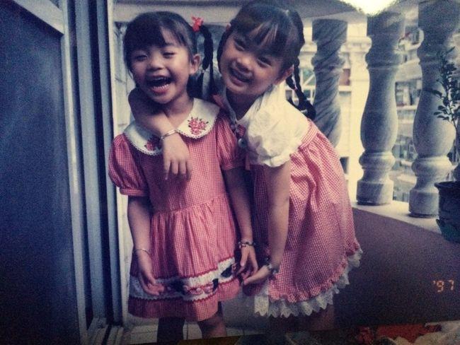 我和姐姐小時候~好幸福開心 家人 Love First Eyeem Photo