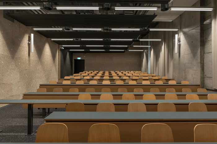 Scool Light University Campus Wood Absence Architecture Auditorium Day Empty In A Row Indoors  No People Scool Seat Seats University