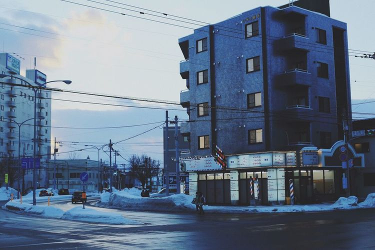 The City Light Snow Winter Cold Temperature Building Exterior Built Structure Architecture Outdoors Cable Sky City No People Day Nature Ski Lift EyeEm Gallery Week On Eyeem EyeEm Best Shots Winter