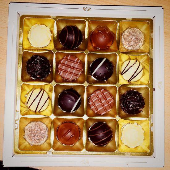 Birthday Party Birthdaysex Gift Golden Truffelcream Chocolate Love Foodporn