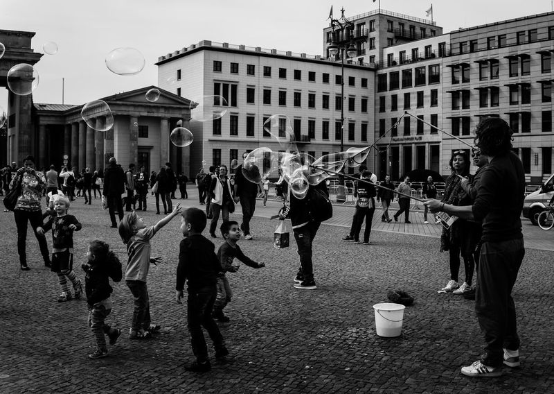 Blackandwhite Bubbles Capture Berlin City City Life Day Fun Germany Kids Lifestyles People Photo Photography Streetphotography Tourism Traveling