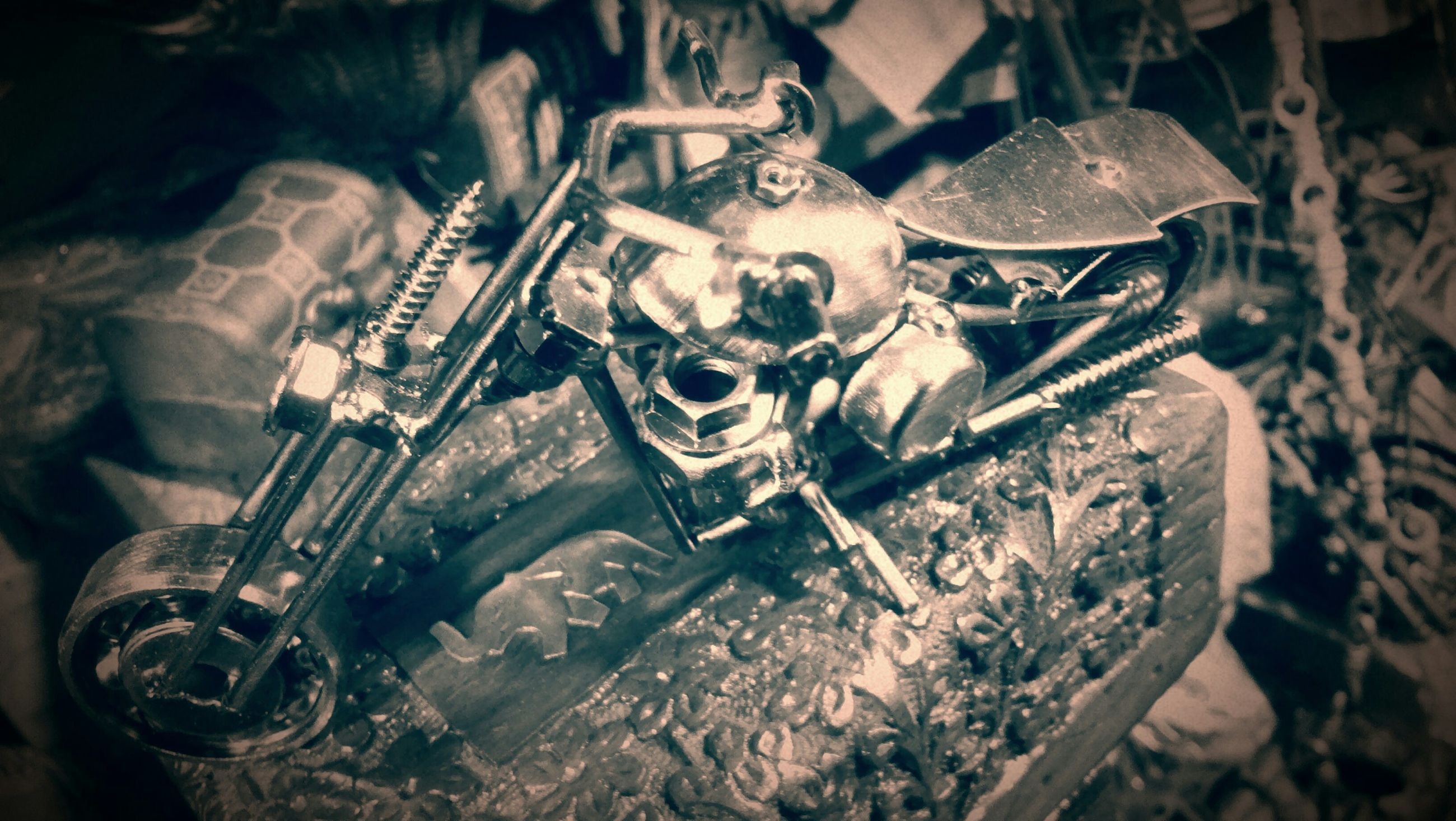 indoors, metal, abandoned, obsolete, damaged, close-up, old, run-down, machinery, high angle view, machine part, still life, metallic, rusty, selective focus, equipment, deterioration, industry, work tool, old-fashioned