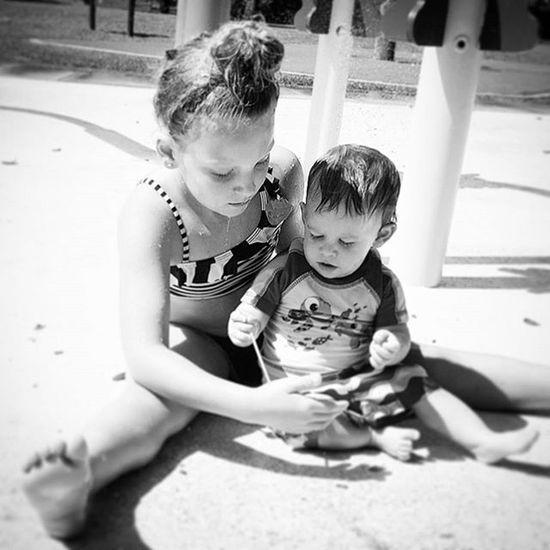Perfect candid. IloveBlackAndWhite Bwphoto Kids Beautiful Innocent @krittyplu