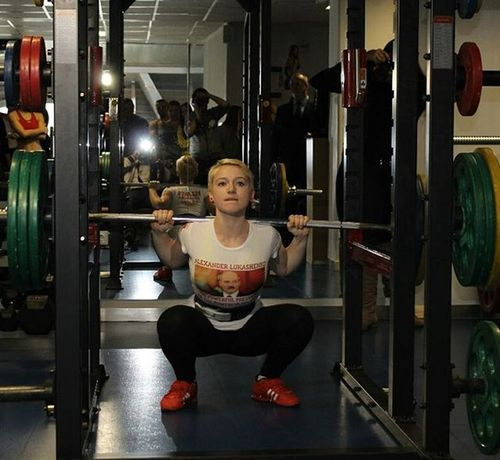 Powerlifting Squat Gym Fitness 100kg Girls Weightlifting Crossfit