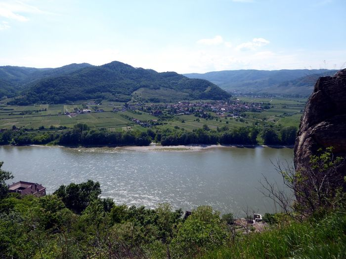 View From The Ruin🤗 Eye4photography  Burgruine In Dürnstein/Wachau History The Great Outdoors - 2017 EyeEm Awards Holiday In Austria Leisure Activity For My Friends 😍😘🎁 My Soul's Language Is📷 Live For The Story Thankfulforever Travel Destinations Enjoying The View Simple Beauty Richard Löwenherz Was Imprisoned There Beauty In Nature Tranquility Landscape Mountain Been There. Done That. Lost In The Landscape Go Higher