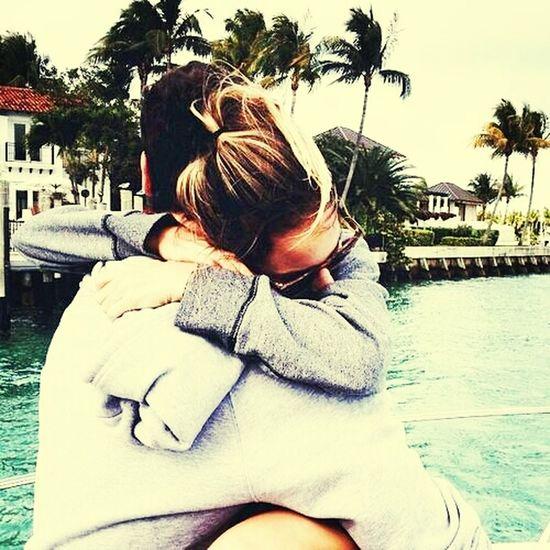 Abrazos que dicen Todo , AbrazosInolvidables , ese que Calma todo ! ♥