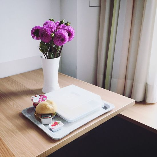 Flowering Plant Flower Plant Freshness Table Vase Sweet Food Indoors  Pink Color No People Cake Home Interior Dessert Sweet Still Life Food And Drink Day