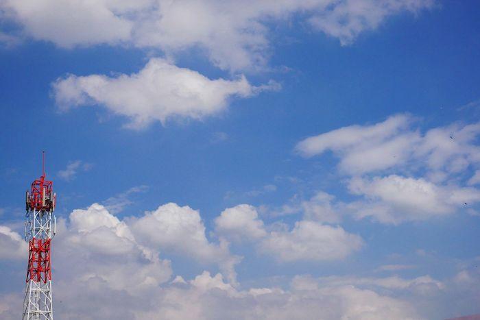 Bright sky. #cloud #sky Blue #EyeEm Sky Only Cumulus Cloud