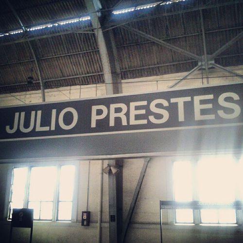 Uma das estações mais bonita e antigas de São Paulo, Estará Júlio Prestes da antiga Estrada de ferro Sorocabana. Viatrolebus CPTM EFS