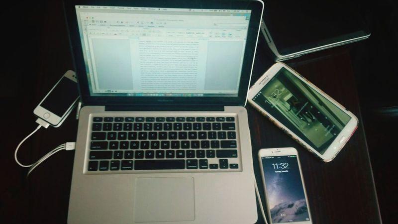 Desks From Above Assignment Students Life MacBook Pro Apple Sumsung Galaxy Blackandwhite Afghanistan KarlstadUniversitet