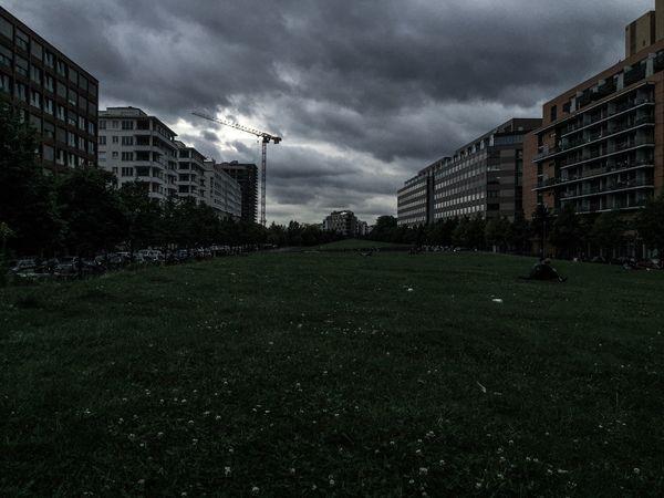 Berlin Cloud - Sky Architecture Potzdamer Platz