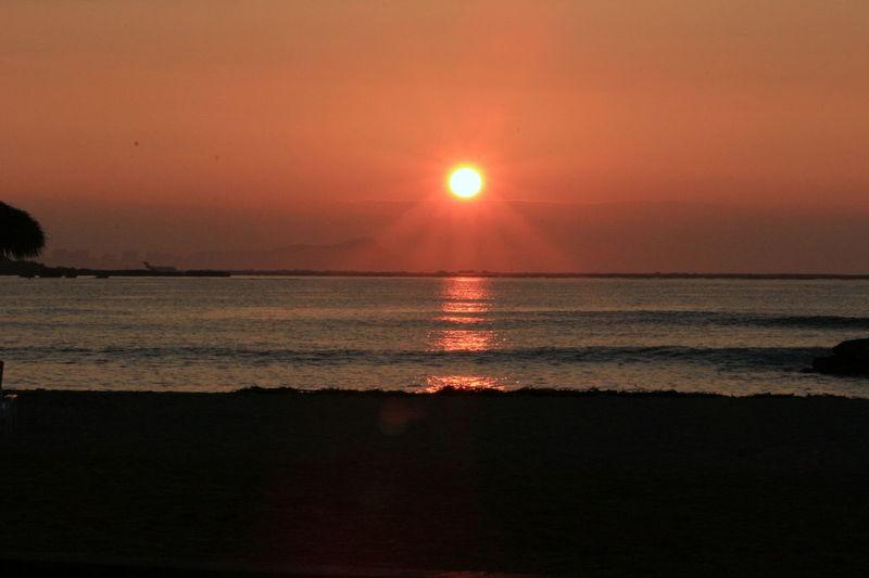 Atmosphere Beach Coastline Escapism Getting Away From It All Orange Sky Rippled Scenics Seascape Sun Star Sunsrise