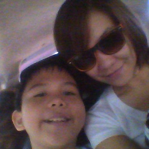 with this kiddo Sunglass  Cutekid