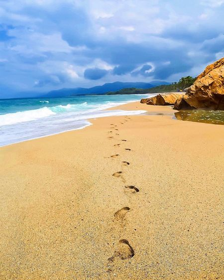 Sierra Nevada Mountains Sierra Nevada Sea Beauty In Nature Beach Water Tranquility Scenics Footsteps
