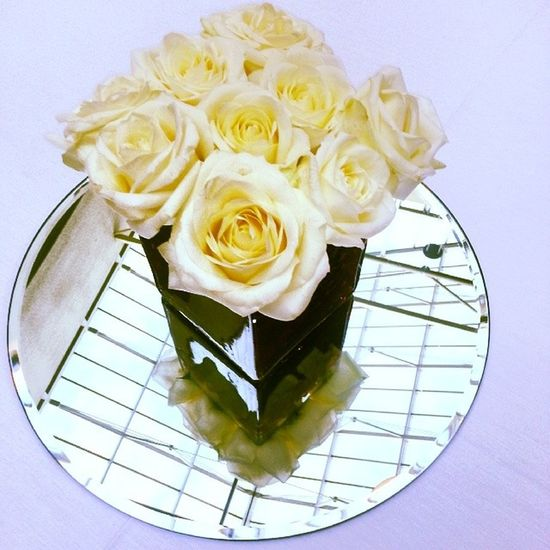 Centrepiece Wedding Reflection Roses