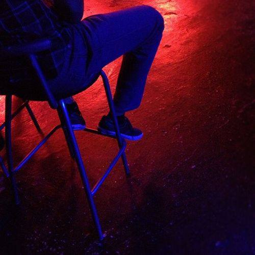 Esperando Waiting Paciencia Patience nightclub red blue rojo azul igers instagramers ihub instamood instagood instahub picoftheday photooftheday fotodeldia bestpicoftheday gramermex mextagram iphoneonly iphonesia iphone4s igersmania mexico lalojm1 2012