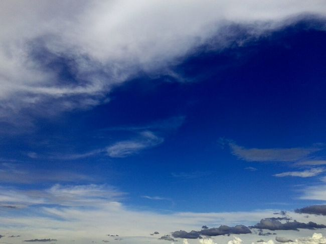 ¡Cielo increíble! ♥ Gracias, Dios.. 10th 31 On December Thanksgod Clouds And Sky Enyoing The View