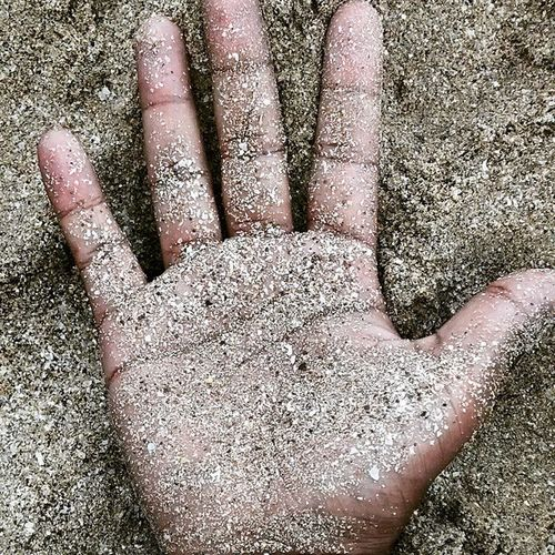 """""""Love is like Sand. the tighter you try to hold it, the more it slips out of our hand"""" SandonymyHand SandDiaries Juhubeach"""