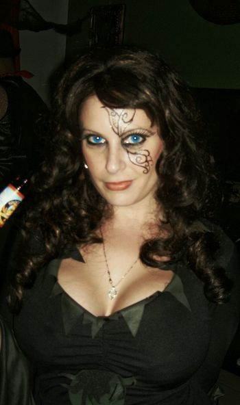 Halloween EyeEm Enjoying Life Hanging Out Sexygirl Blue Eyes No Location Needed Rackcity Bitch