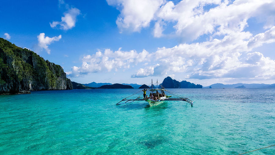 El Nido | Philippines Adventure Club Abenteuer Boat Ride Boattrip Philippines Philippines Photos EyeEm Best Shots Nature Sailing Bestoftheday View Point Palawan Traveling Travel Destinations Motionphotography Motion Islandlife Island View  Lost In The Landscape