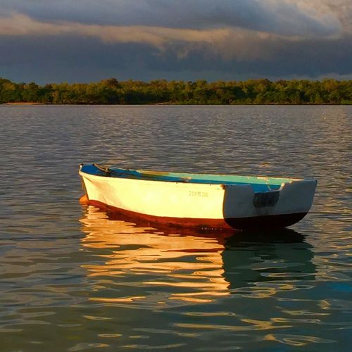 Last light settling on this Pirogue. Today Was A Good Day Going Nowhere Fast Last Light Of Day Beautiful EyeEm Nature Lover Eyeem Mauritius Goodnight My Best Photo 2015 Vibrant Colors Learn & Shoot: Simplicity No Edit/no Filter