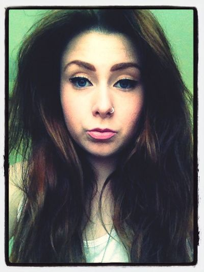 Makeup Girl That's Me Hello World