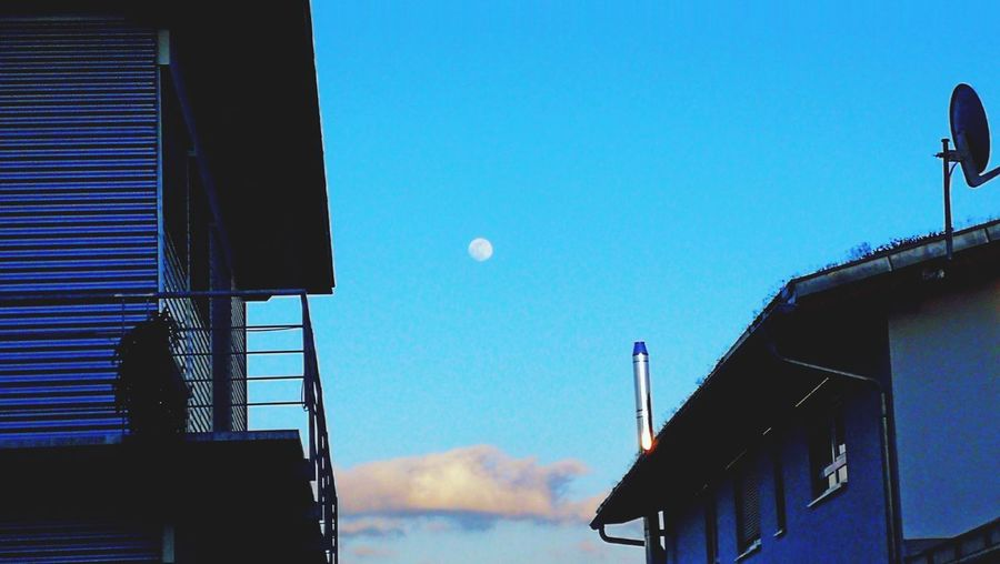 Sky Moon Shots Clear Sky Moon Astronomy Sky Architecture Building Exterior Built Structure Half Moon Crescent