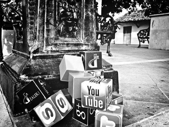 Blackandwhite Panamá Streetphoto_bw Redes Sociales