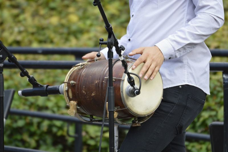 Music Musician Live Music Outdoors Park - Man Made Space Drum Man Park City Park Human Hand Close-up Summer In The City #urbanana: The Urban Playground My Best Travel Photo 50 Ways Of Seeing: Gratitude Analogue Sound My Best Photo The Art Of Street Photography Springtime Decadence