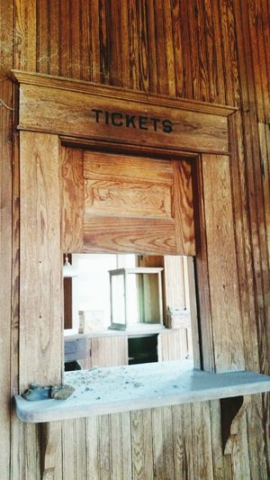 TicketBooth Old Buildings Historic Abandoned Trainstation Leftbehind Antique Knotted Pine Old Beautiful