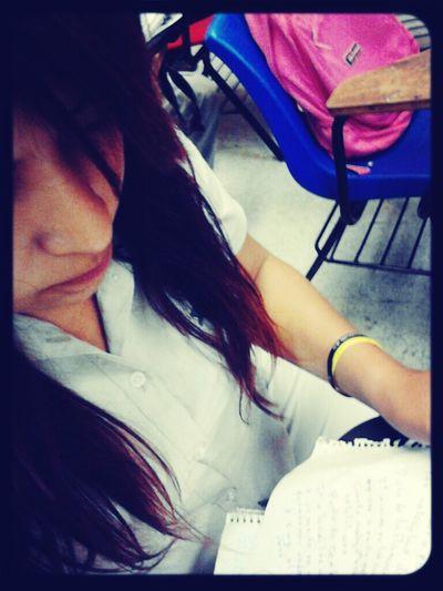 Today's Hot Look Taking Photos School Jaltipan en la escuela :'(