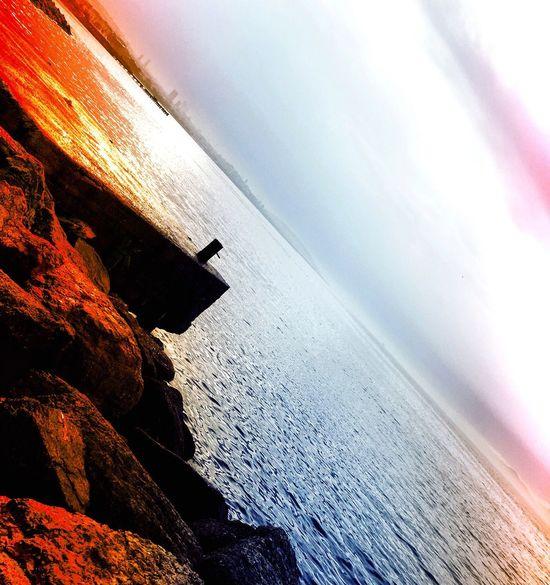 """♎ Yarım kalmaktan, Yarım bırakılmaktan, yarım yaşamaktan kısacası """"Yarım"""" olan her şeyden nefret ediyorum. Ya Tam istiyorum ya da Hiç. Sunset_collection EyeEm Best Edits Check This Out EyeEmBestPics EyeEm Nature Lover Myseadenizim"""