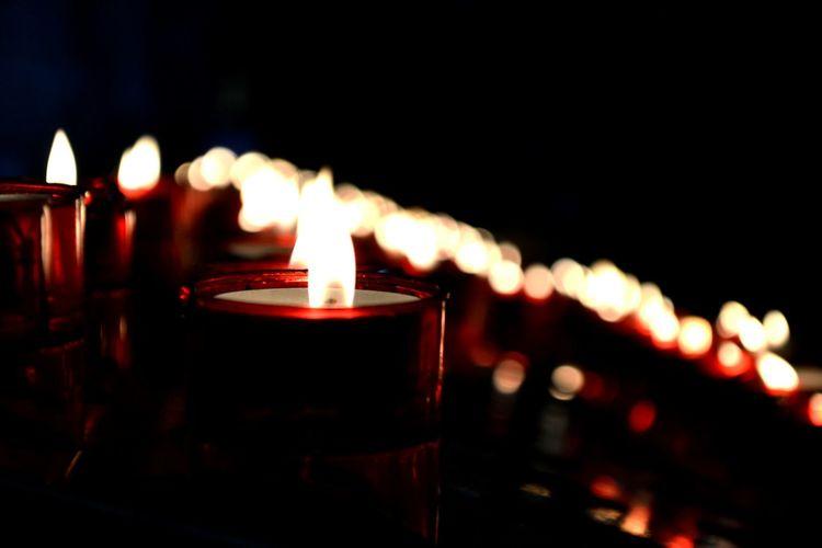 Church Lights Flame Dark Background Illuminated Flame Burning Candle Close-up Candlelight Glowing Lit The Photojournalist - 2018 EyeEm Awards The Still Life Photographer - 2018 EyeEm Awards