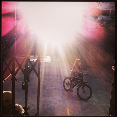 SIAN Cycle Home Yard Ray Sun Winter Evening Chaktai Chittagong Instagram The Street Photographer - 2017 EyeEm Awards