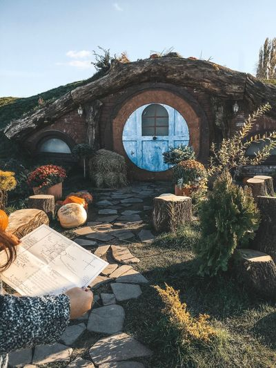 The Hobbiton TheLordOfTheRings Baggins Hobbiton Bilbobaggins TheHobbit Nature Architecture Sky Day Sunlight Real People Outdoors