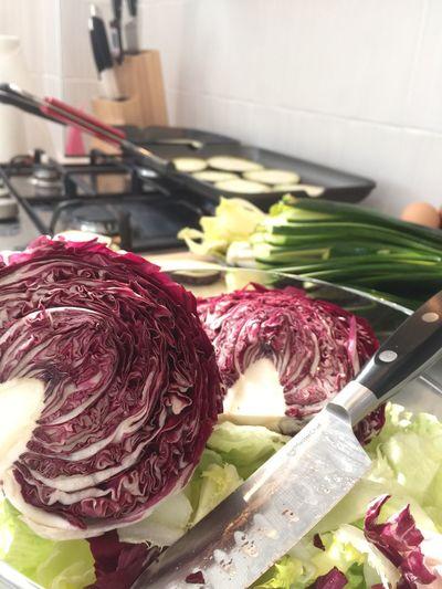 My Kitchen Kitchen Cucinare Tagliare Coltello Master Chef Insalata Colori Collors Beautiful Lavorare In Cucina Passione Passione_fotografica EyeEm Best Shots Lovephotography  Taking Photos Happy In Cucina Cucina