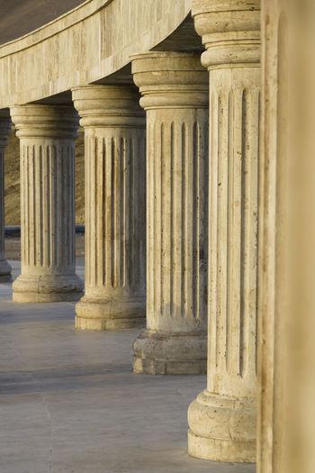 architectural column