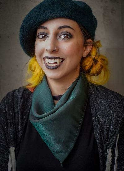 NYCC 2018 Nycc2018 NYCC Cosplayer Cosplay Vampire Clothing Smiling Portrait Young Adult Young Women One Person Looking At Camera Front View Lifestyles Hat Happiness Emotion Beauty Beautiful Woman Toothy Smile