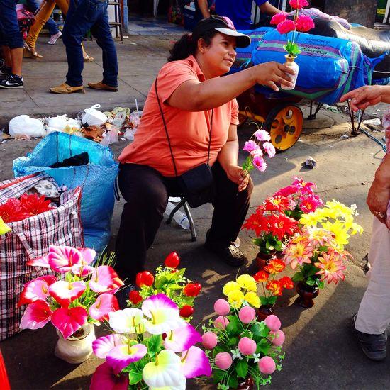 Flowers❤️ Gamarra Peru Peruvian Flowers Plastic Latina Woman People Colorful Street