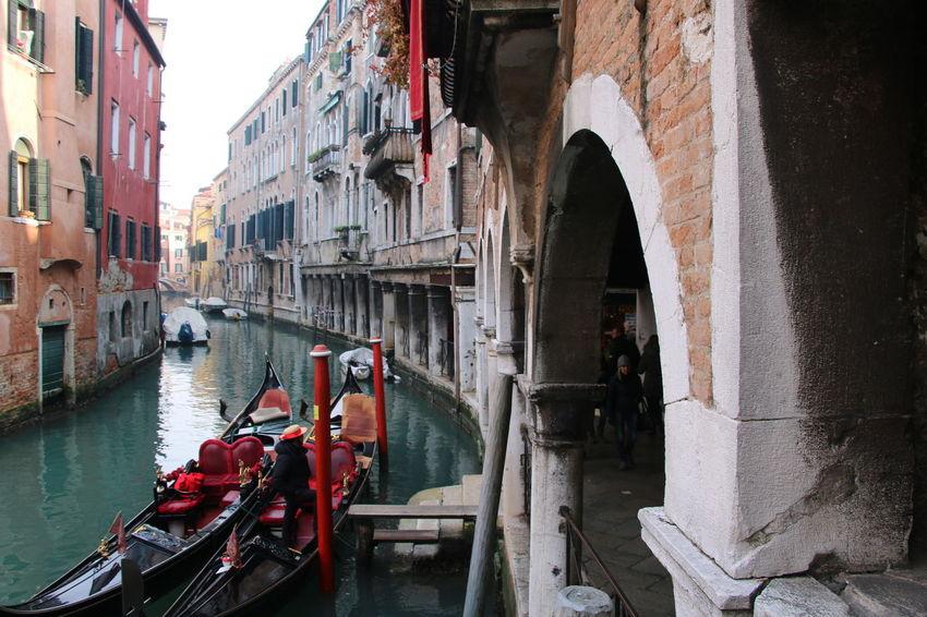 Venezia #venice #YBPhotographie #HobbyFoto No People Building Exterior IloveVenice Italy❤️ Day Architecture Feeling Good Outdoors Building Love ♥ Venezia Water #Loveinvenice Gondola - Traditional Boat