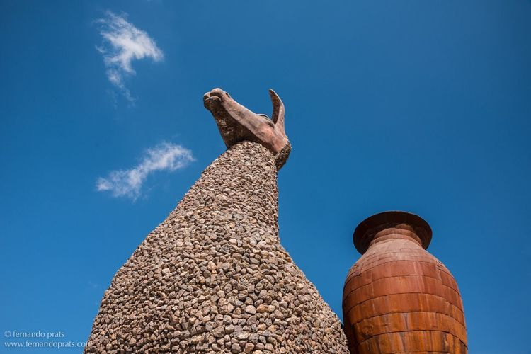 EyeEm Selects Low Angle View Sky Statue Sculpture Outdoors No People Built Structure