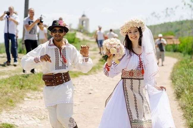 National Wedding Moldoviangirl Happiness National Dress Republic Of Moldova