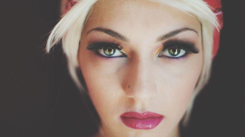 Green Eyes 📷 • • #portraits #portrait #portraits_ig #pixel_ig#portraiture #expofilm3k #portrait_perfection #portraitstyles_gf #snowisblack #portraits_universe #featurepalette #bleachmyfilm #portraitmood #featurepalette #rsa_portraits #makeportraits #profile_vision #top_portraits #life_portraits #postthepeople #quietthechaos #2instagood #way2ill #justgoshoot #artofvisuals #l0tsabraids #ftwotw #igPodium_portraits #ftmedd Young Adult Beautiful Woman Young Women One Person Portrait Looking At Camera Headshot Close-up Real People Make-up Day Adult People One Young Woman Only Eyelash Black Background Studio Shot Human Face Indoors
