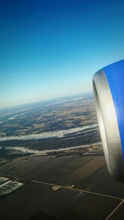 Horizon Over Water No People Sky Irwin Collection Wintertime EyeEm Gallery Day Blue In The Airplane Outdoor Photography View From Above Mississippi River St. Louis, MO Cold Morning Flying In The Sky Airline Christmastime Snowy DayTimePhotography Outdoors Winter Day With Sun Airplane In The Sky