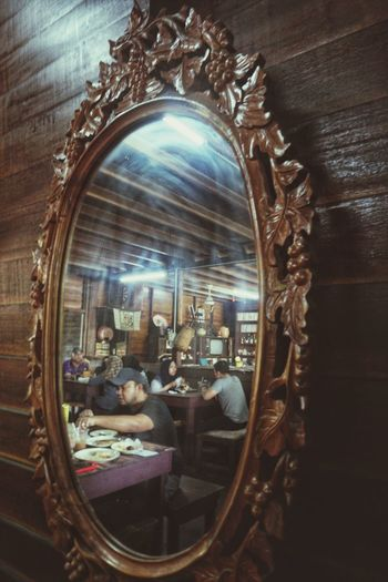 Mirror Store