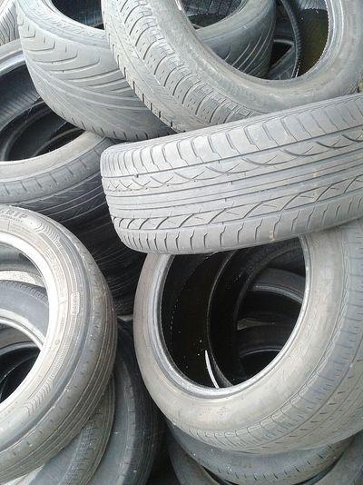Cars Tyres Rubber Circles Starbucks Scrapyard Taking Photos Vehicals Downtherabbithole Black