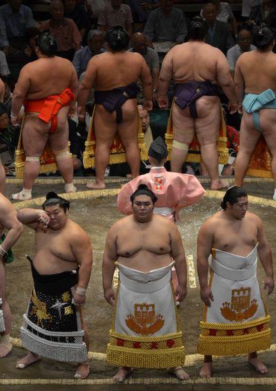 Basho Circle Cry Fighters Japan Sumo Tokyo Wrestling Match Wrestling Tournament Oriental Wrestler BIG MEN Sumowrestler Ceremonial Cheeky Cheeks
